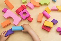 L'environnement matériel- Montessori pour les 0-3 ans