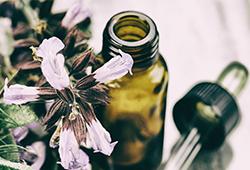 Les huiles essentielles pour mieux dormir – 3 recettes
