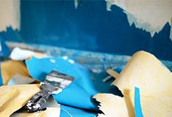 SOS : Mon papier peint se décolle ou se déchire !
